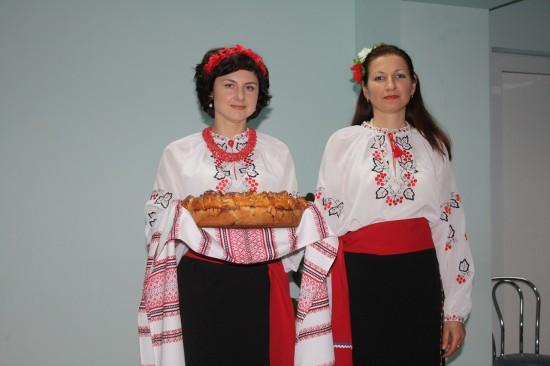18 листопада в УкрНДІПВТ ім. Л. Погорілого урочисто відсвяткували день працівника с-г. господарства.